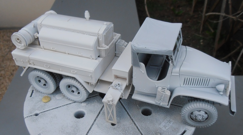GMC Compresseur leroi ( tamiya, master prod, 1/35 eme ) P6070411