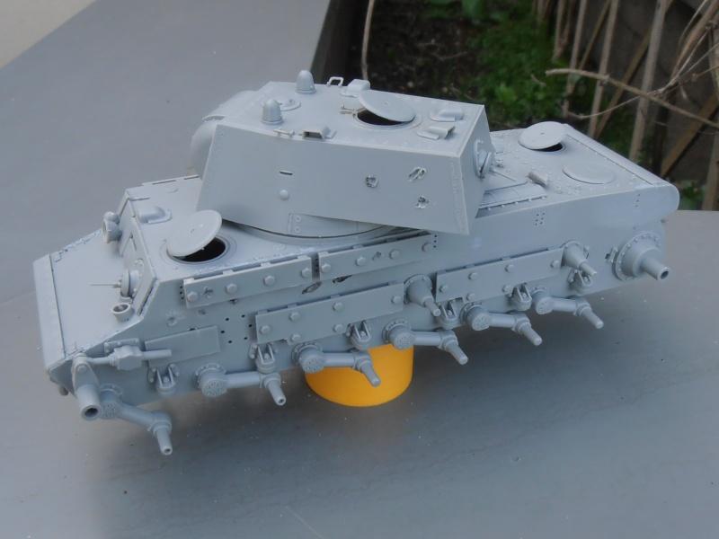 KV 1 Ehkranami ( le montage 1/35eme ) P7050513