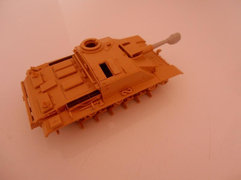 "Stug III ausf G "" 10,5 cm "" ( Tamiya, panzer art 1/35eme ) P9120611"