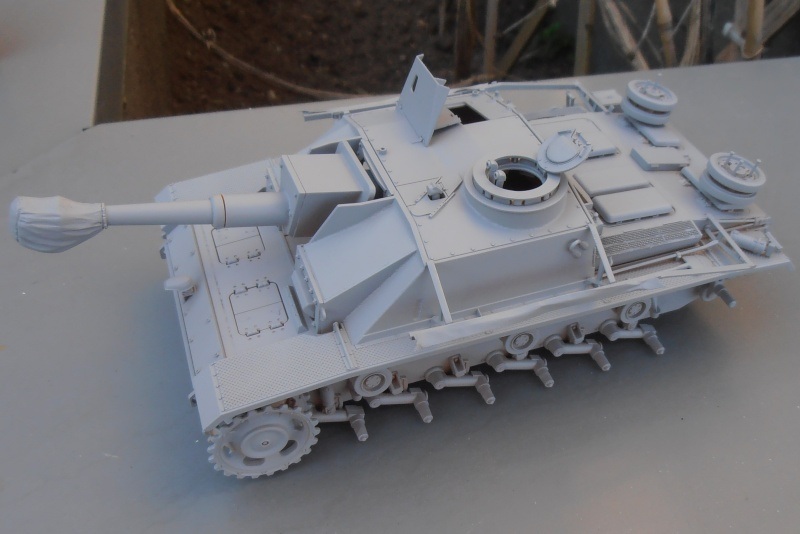 "Stug III ausf G "" 10,5 cm "" ( Tamiya, panzer art 1/35eme ) P9120614"