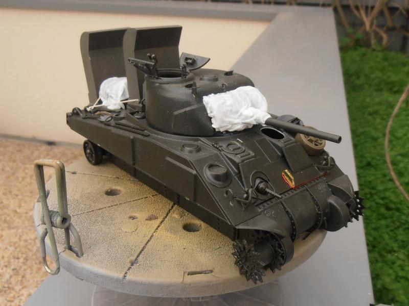 """Sherman M4   """" deep wading """" ( tamiya 1/35eme ) Pc140815"""
