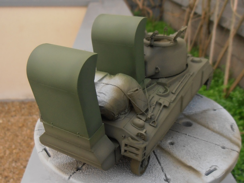 """Sherman M4   """" deep wading """" ( tamiya 1/35eme ) Pc200819"""