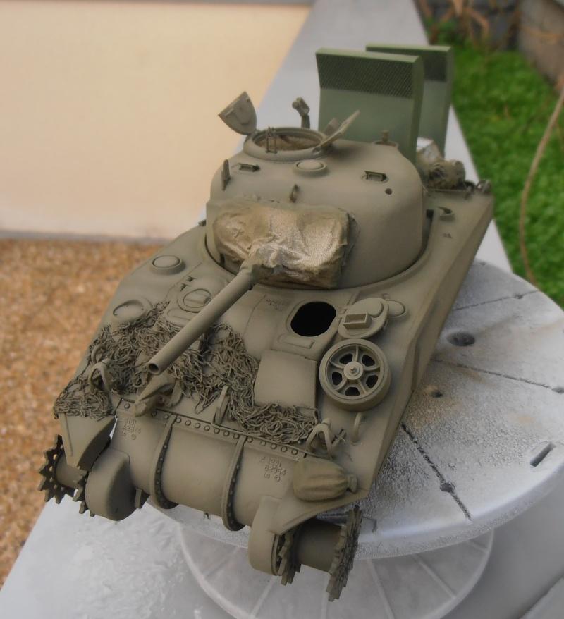 """Sherman M4   """" deep wading """" ( tamiya 1/35eme ) Pc200823"""