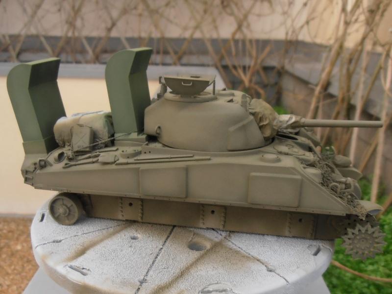 """Sherman M4   """" deep wading """" ( tamiya 1/35eme ) Pc200828"""