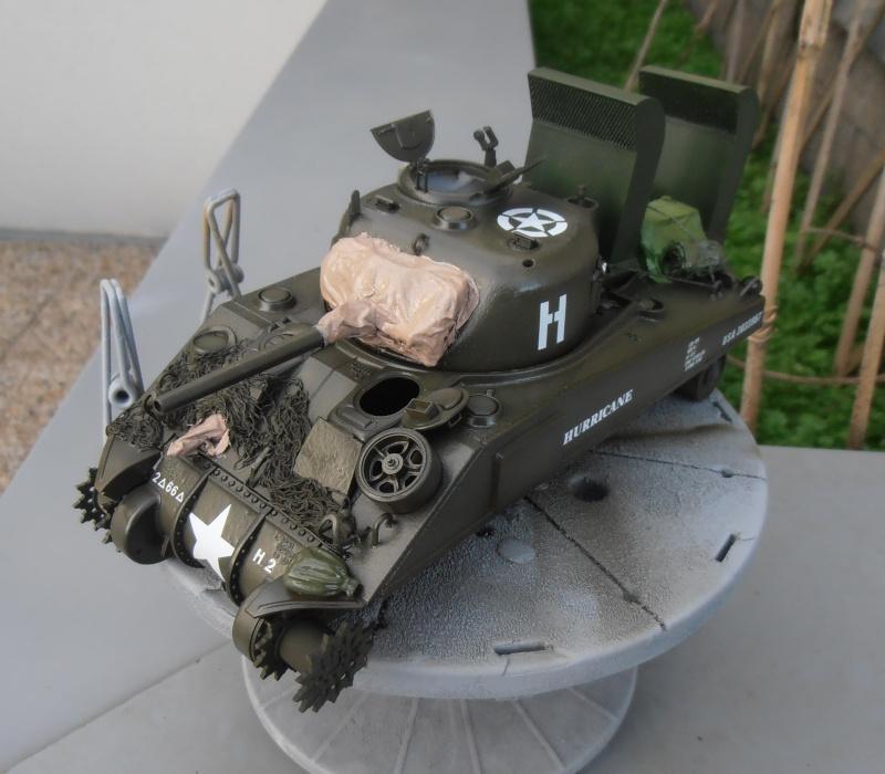 """Sherman M4   """" deep wading """" ( tamiya 1/35eme ) Pc210821"""