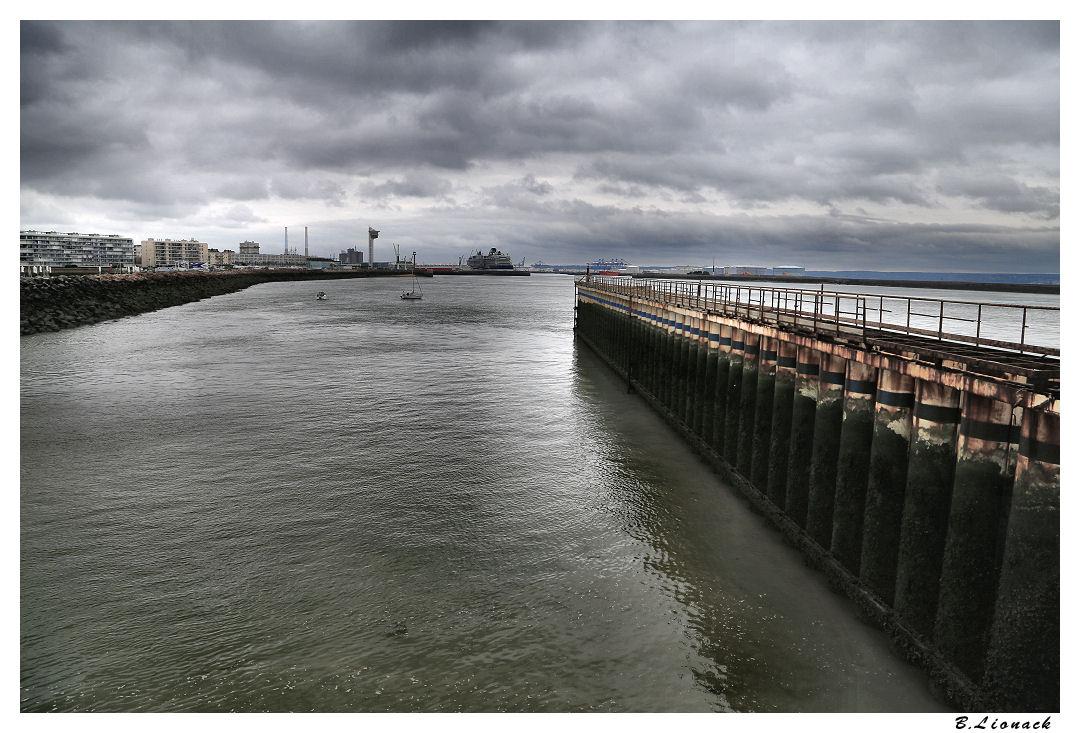 Avant-port du Havre Img_4111
