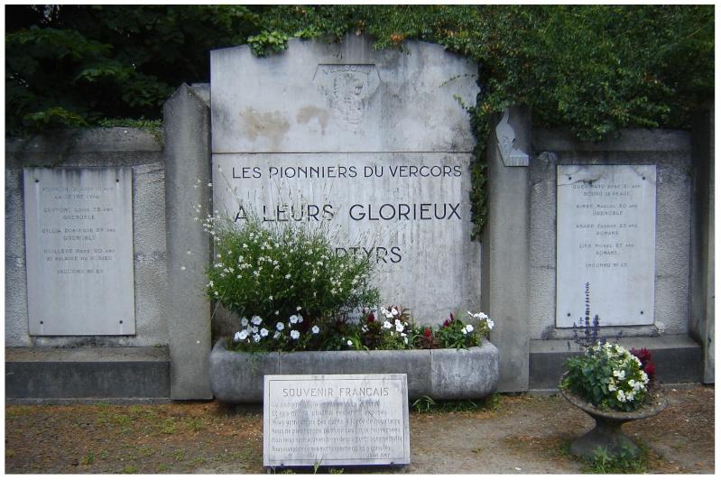 MEMORIAL de Saint Nazaire en Royans dans le Vercors. 610