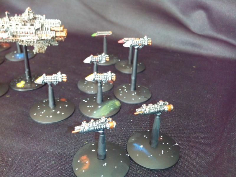 [Imperium / Nécrons] Mes flottes Navy et Imperial Fists + AM Img_2045