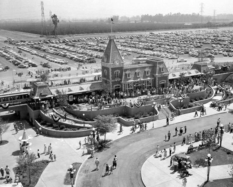 Disneyland: archives des années 50 Op_pho10