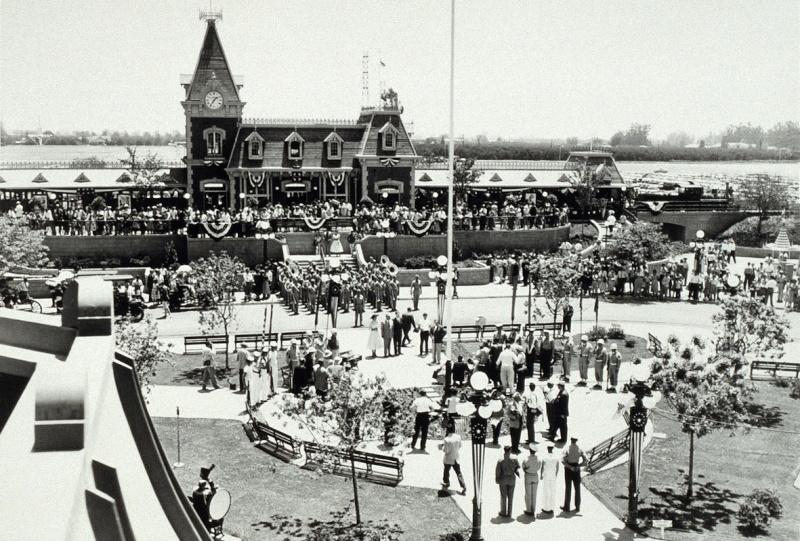 Disneyland: archives des années 50 Op_pho12