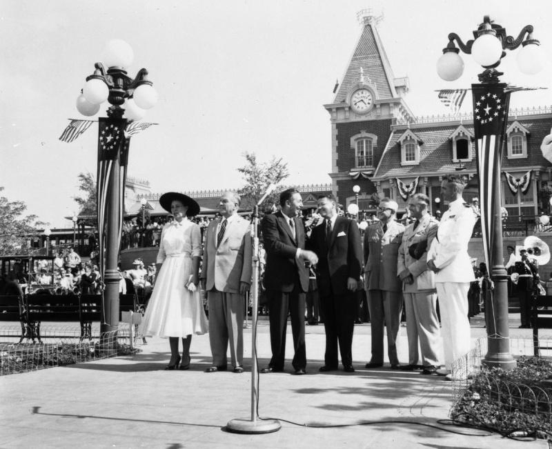Disneyland: archives des années 50 Op_pho14