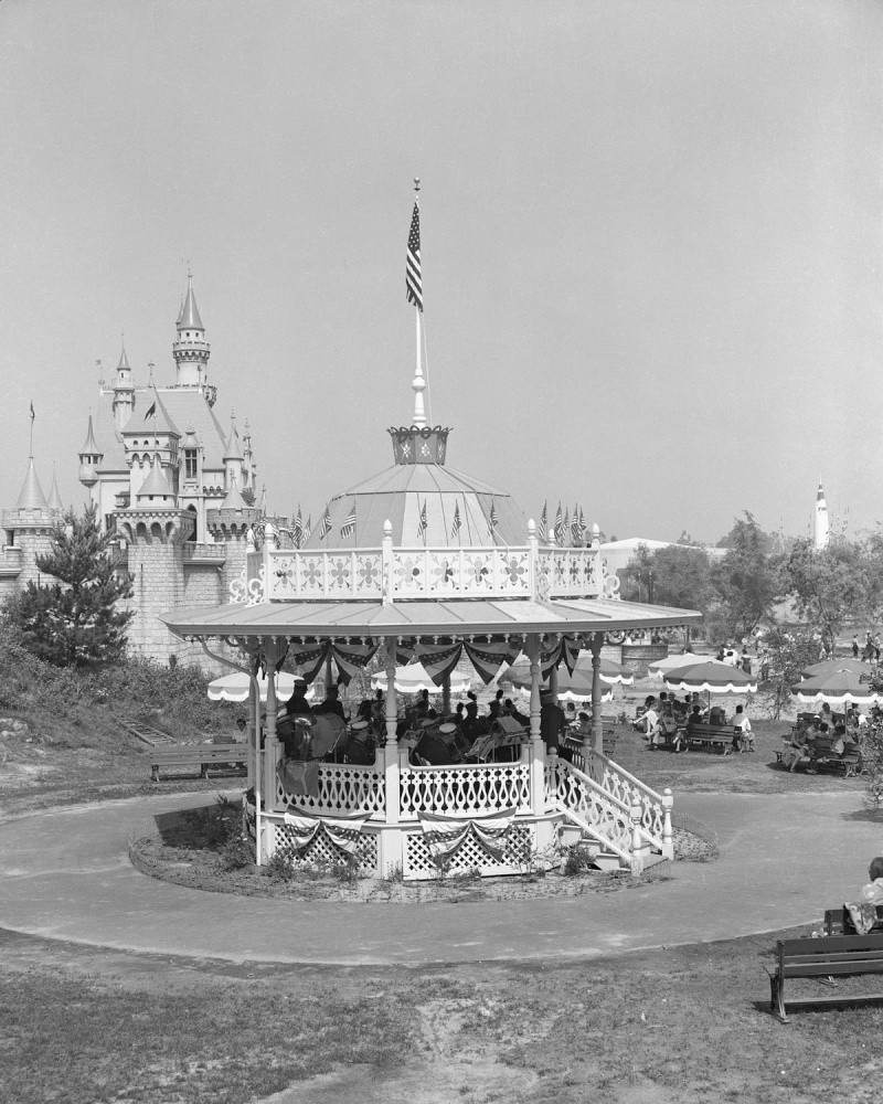 Disneyland: archives des années 50 Op_pho16