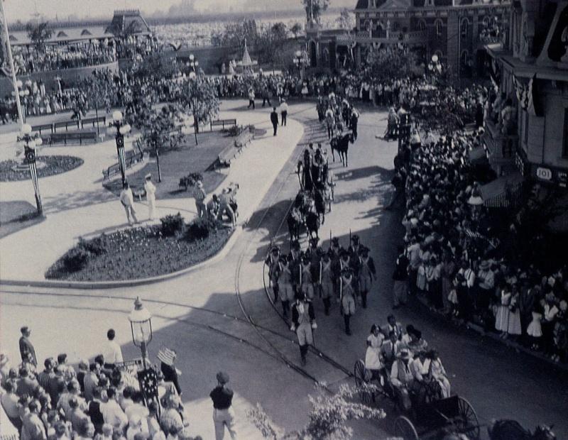 Disneyland: archives des années 50 Op_pho21