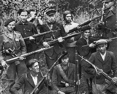 Soldats de la Luftwaffe - Page 6 Partis10