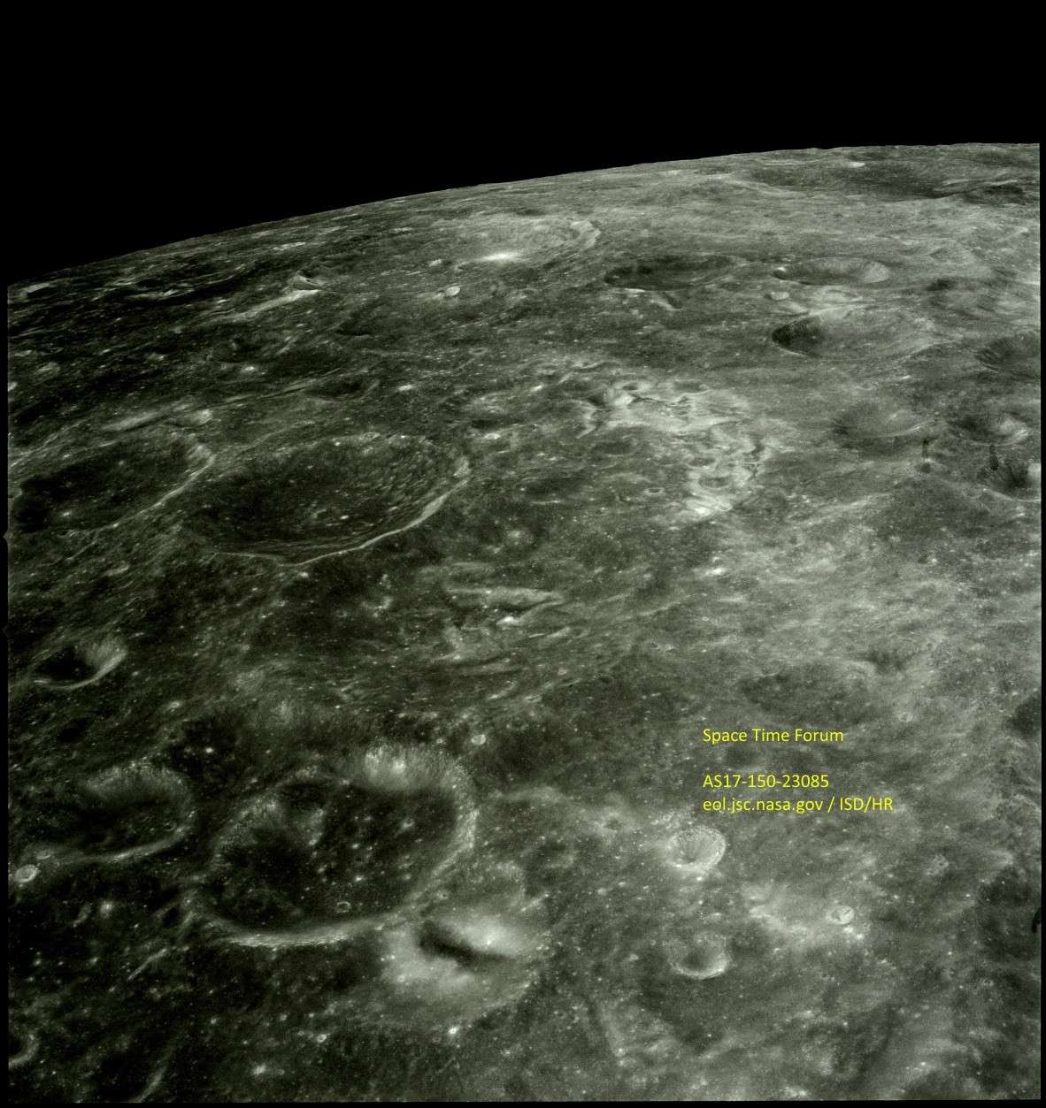 AS17  Lunar Structure? As17-114