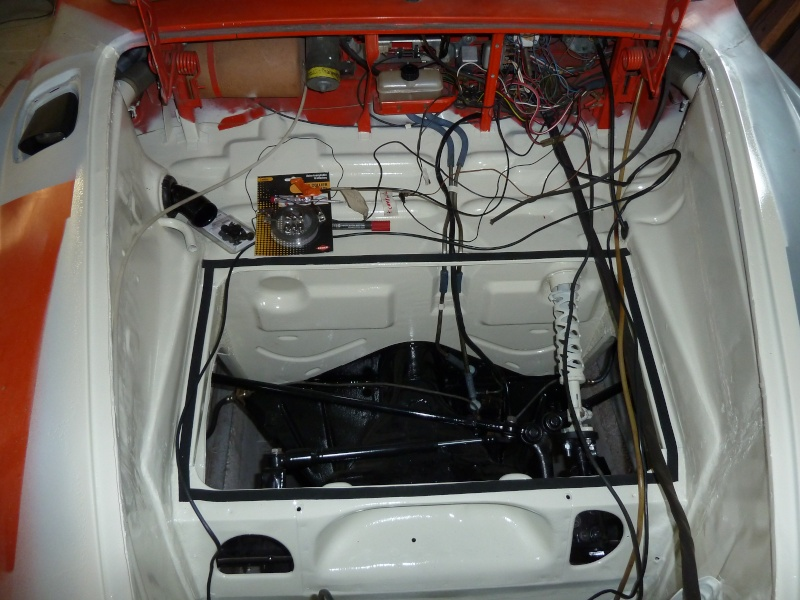 denis du bas rhin et sa Karmann Ghia de 73 sortie de grange - Page 14 P1100816