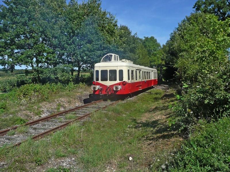 train touristique de Puisaye-Forterre Toucy [89] 00912