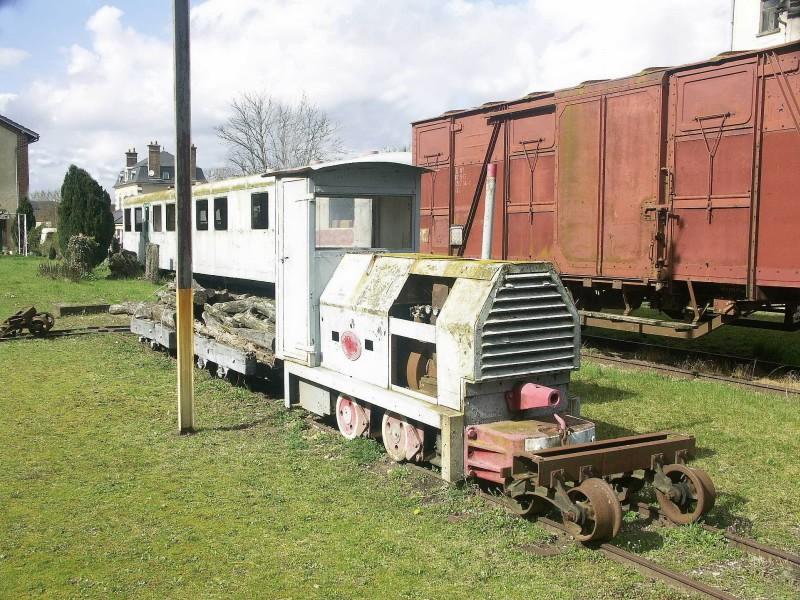 train touristique de Puisaye-Forterre Toucy [89] Tm_0711