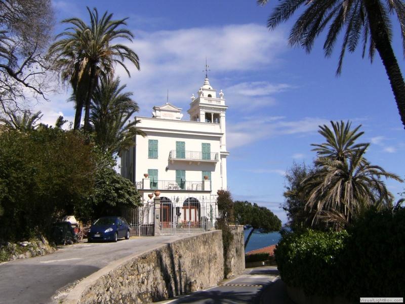 Sur la Riviera Italienne, un architecte français... Bordig10
