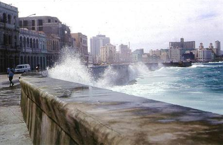 La Havane   (Cuba) - Page 2 Maleco10