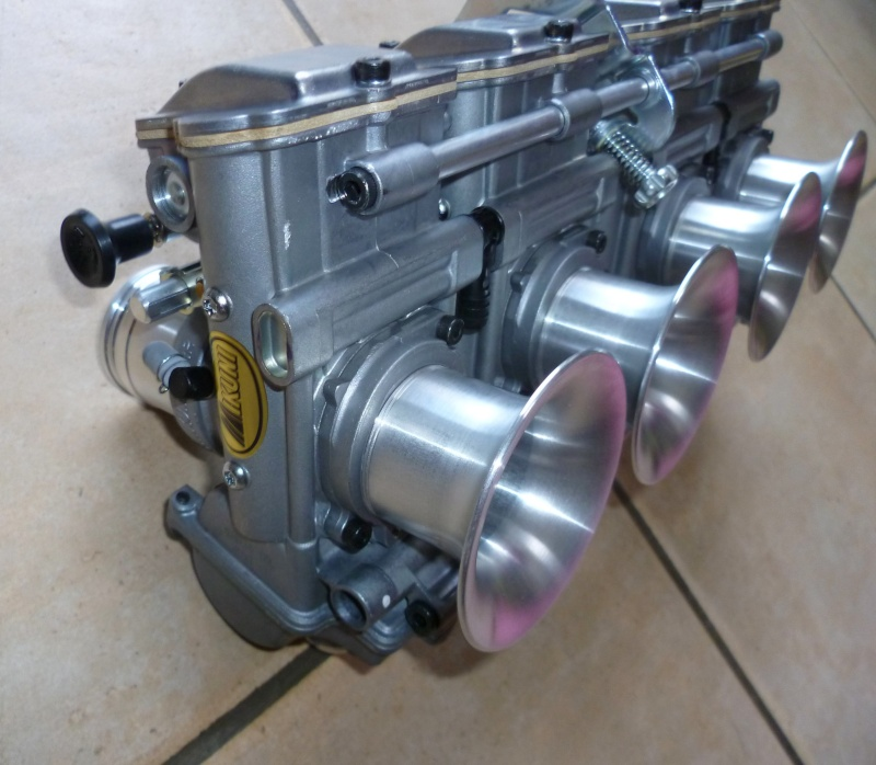 Carburateur Mikuni P1030410