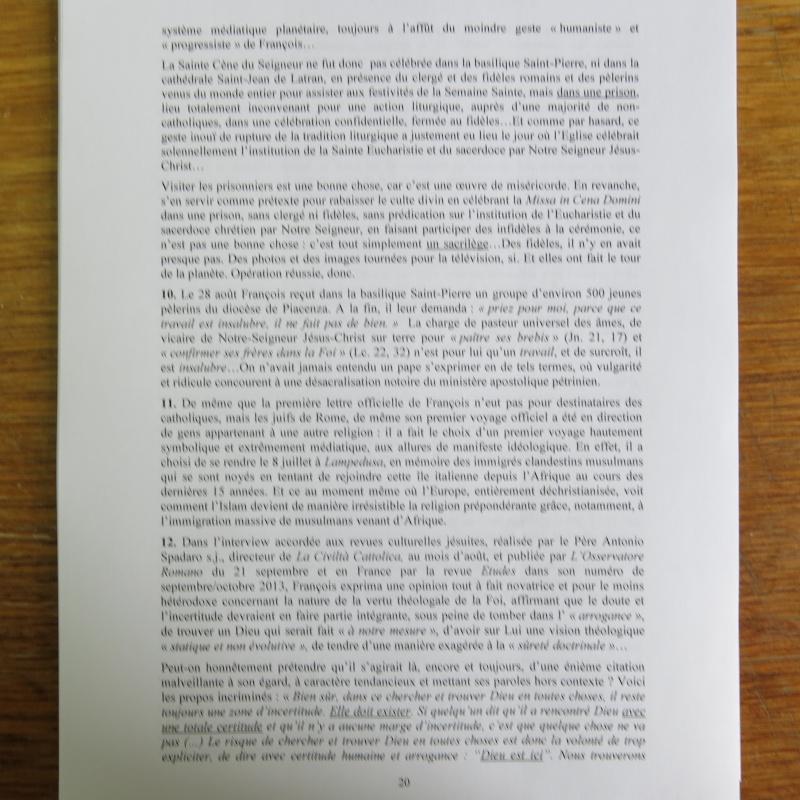 L'étrange Pontificat du Pape François - Un commentaire de Miles Christi ! - Page 2 Img_1525