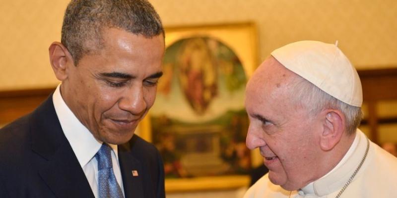 Le Pape applanit le sentier de l`Antéchrist Obama_10