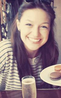 Melissa Benoist avatars 200x320 pixels Meliss12