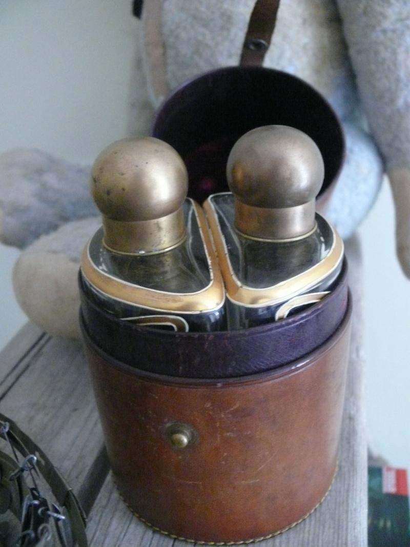 art nouveau bottles in leather box P1350012