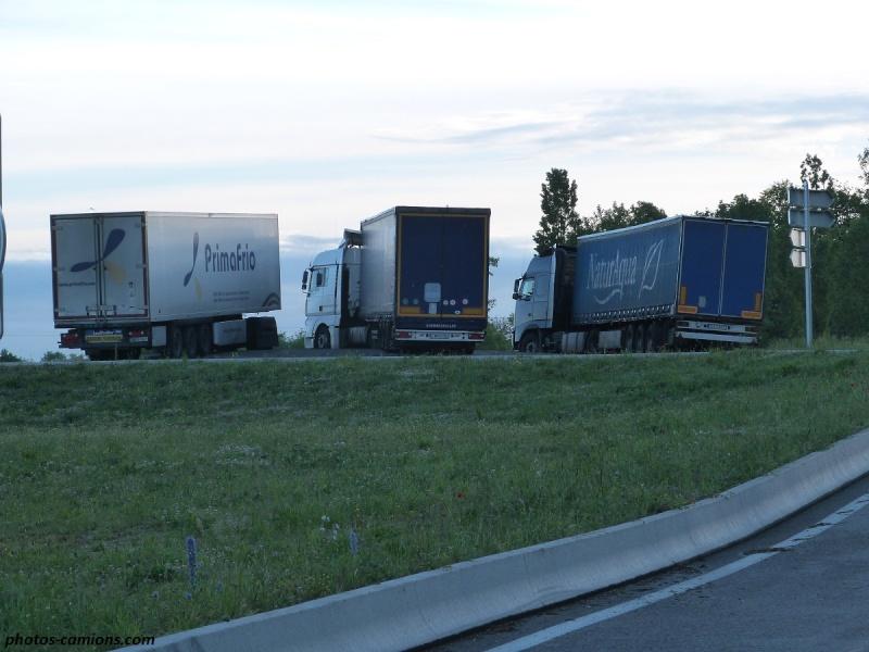 L'imbécillité de ceux qui gèrent les parkings d'autoroutes P1240063