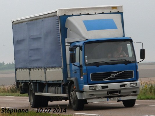 Volvo FL et FE - Page 3 P1240931