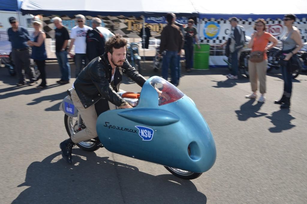 [Sorties] Café Racer Festival. Montlhéry 21 et 22 jui 2014. - Page 2 2014-010