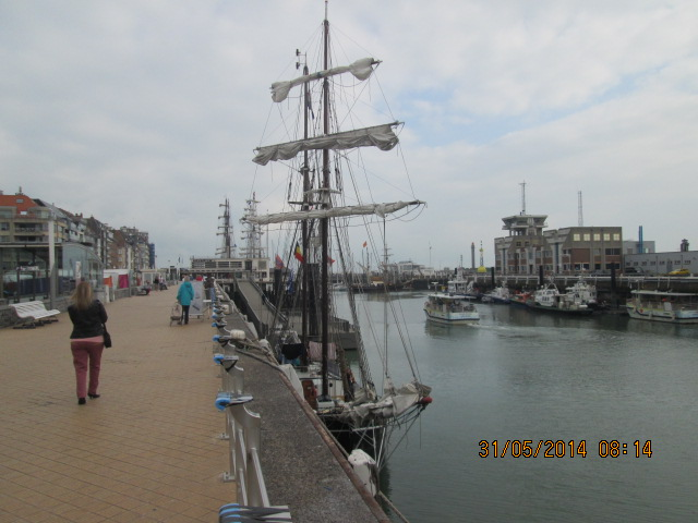 Oostende Voor Anker 2014 - Page 3 1_4510