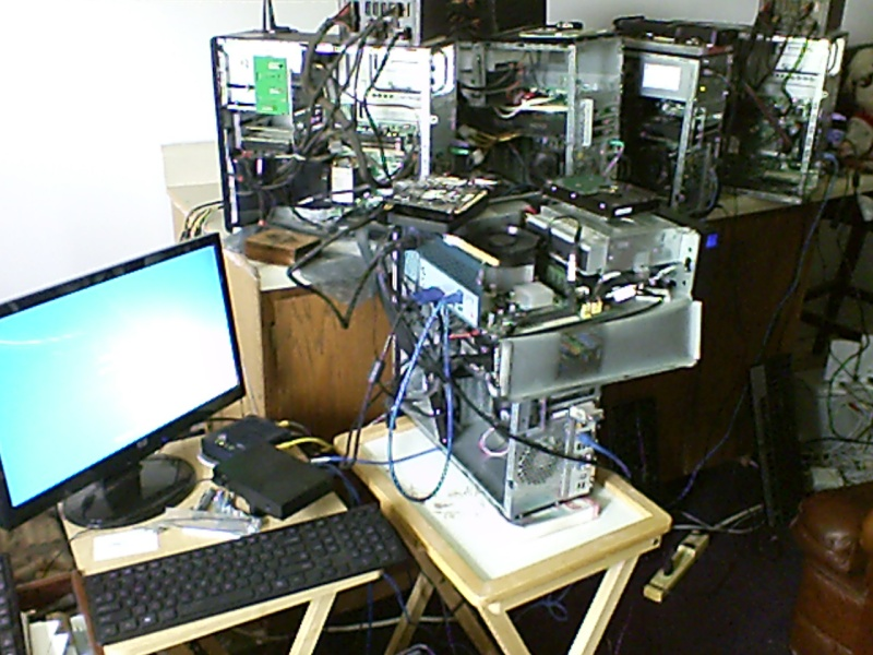 Fuckin' Computers can ruin a persons day.... Comput11