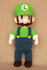 Vitrine des poupées et personnages de dessins animés. TOUTES A VOS CROCHETS  Luigi_10