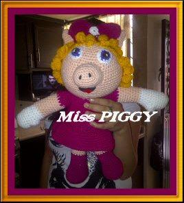 Vitrine des poupées et personnages de dessins animés. TOUTES A VOS CROCHETS  Miss_p10