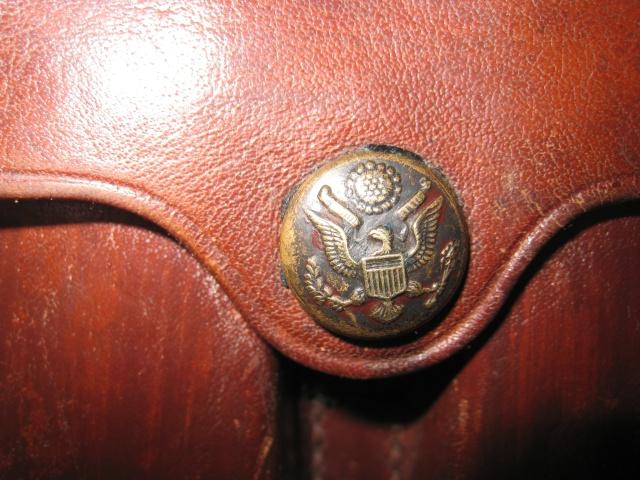 Pochette pour chargeurs de Colt 1911 et 1911 A1. Img_5214