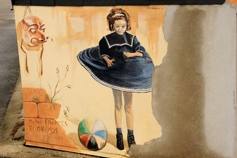 ART DE LA RUE - art muraliste, fresques, ... - Page 4 Img_6627