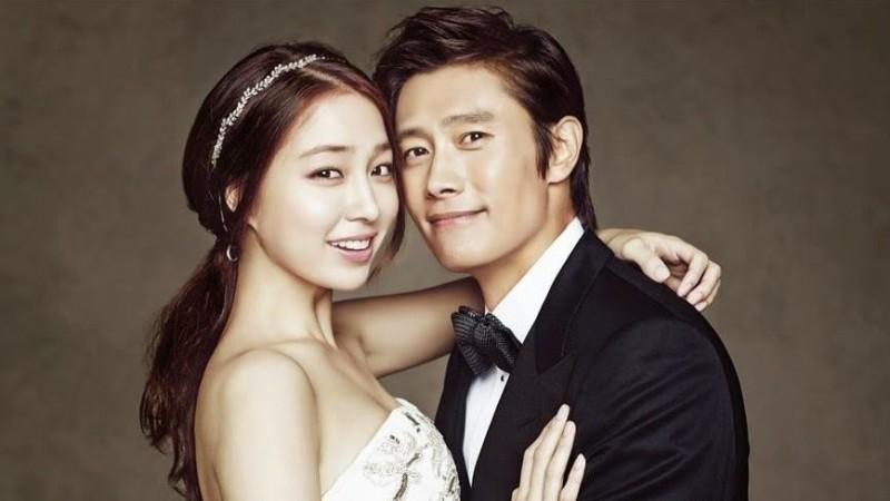 Lee Min Jung de retour à la maison  Leemin13