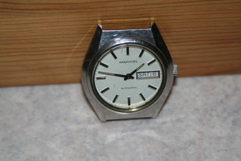 Un nouveau qui présente ses quelques montres automatique Img_9721