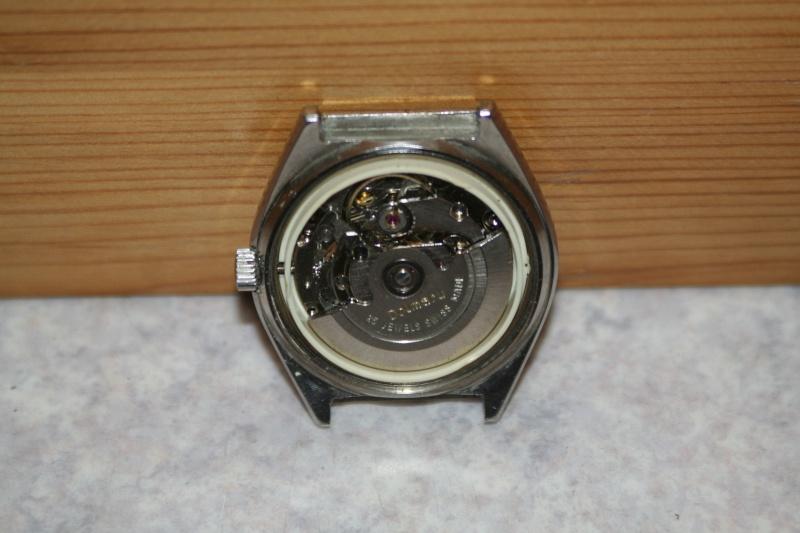 Un nouveau qui présente ses quelques montres automatique Img_9722