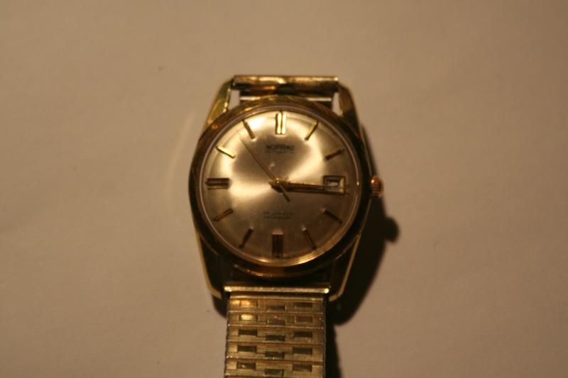 Un nouveau qui présente ses quelques montres automatique Img_9817