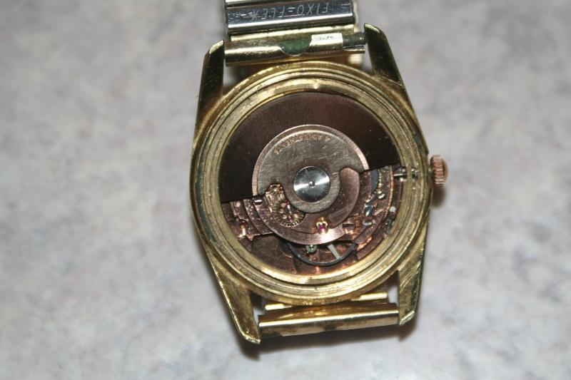 Un nouveau qui présente ses quelques montres automatique Img_9818