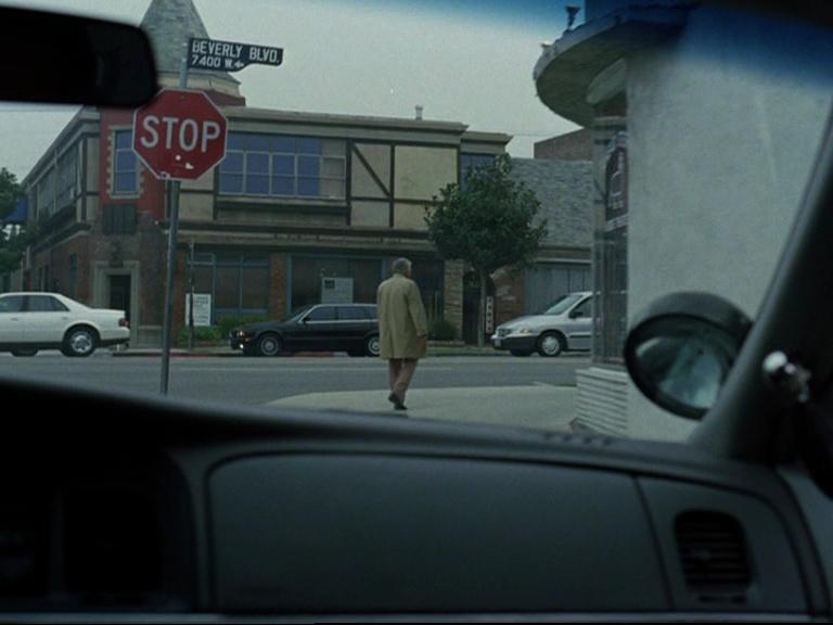 Episode 08 : Columbo mène la danse Vlcsna12