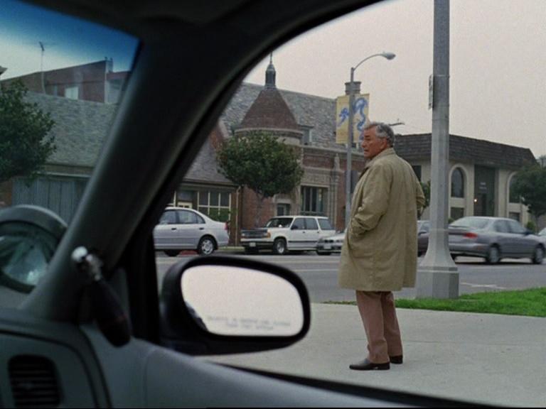 Episode 08 : Columbo mène la danse Vlcsna13