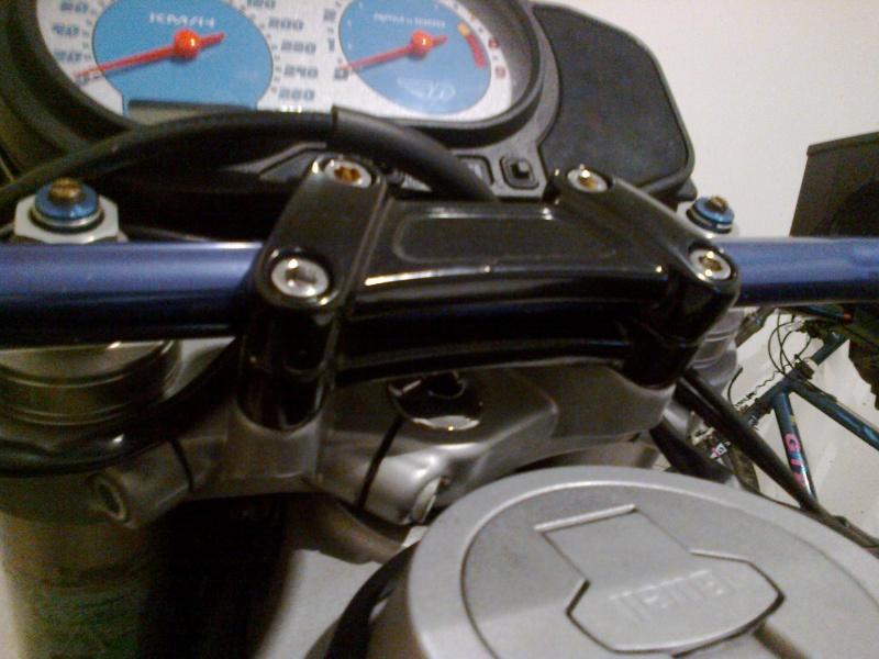 [XB] DEMI Guidon bracelet - Page 2 05102010