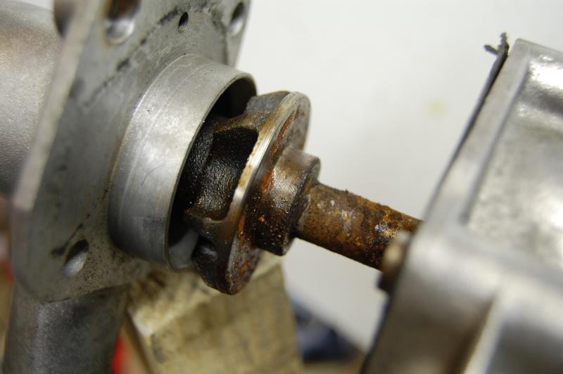 Axe de pompe à eau Pompe_10