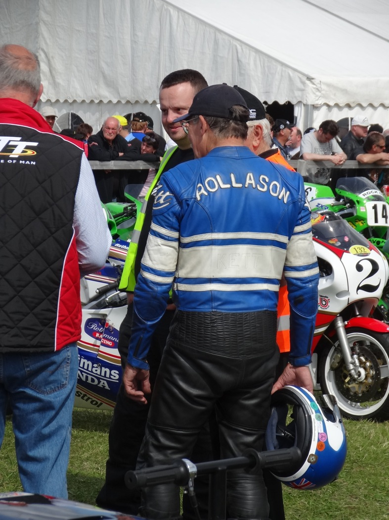 [Road Racing] Classic TT 2014 - Page 5 Rollas10