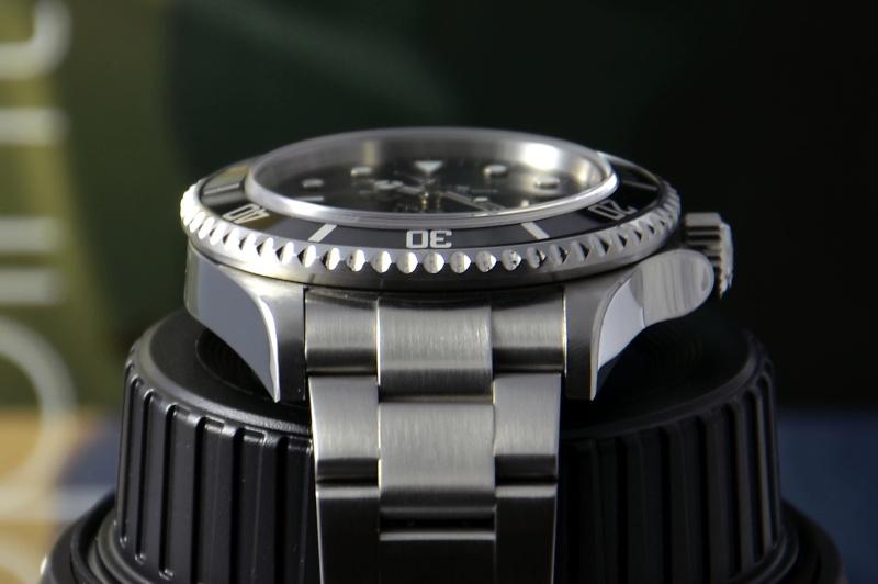 Dweller - Rolex Sea Dweller 16600 versus Omega Planet Ocean 2500 Boitii11
