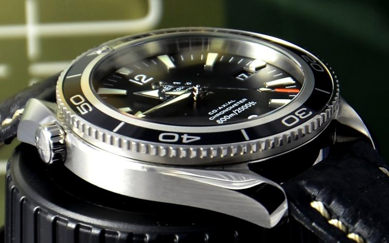 Dweller - Rolex Sea Dweller 16600 versus Omega Planet Ocean 2500 Dsc_0337